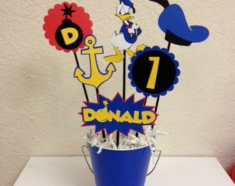 Donald Duck Birthday Centerpiece - Donald Duck baby shower centerpiece, Mickey centerpiece, Donald Duck decorations, Donald Duck decor
