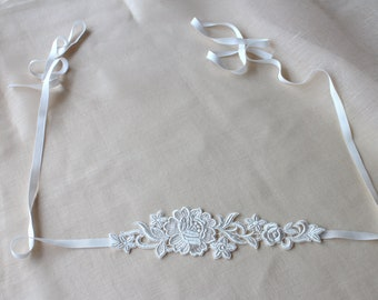 Ready to ship, Lace sash/ vintage inspired, bridal sash, Wedding belt, Rustic wedding, Boho-chic wedding, flower pattern