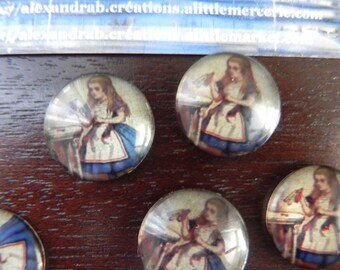 "1 cabochon 20 mm ""ALICE"": little girl dressed in blue dress, white apron"