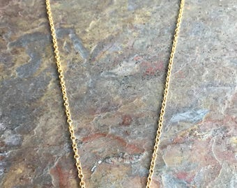 Emerald gemstone pendant gold necklace