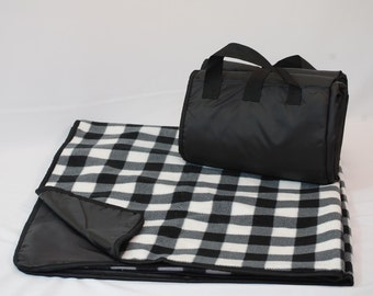 Water Proof Picnic Blanket Black and White Plaid