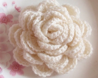 Large Crochet Flower in 3  inches in Cream YH -195