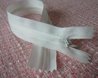 INVISIBLE zipper white 25 cm zip