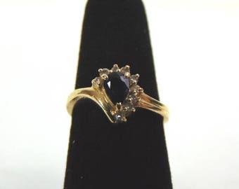 Womens Vintage Estate 14K Yellow Gold Ring w/ Blue Sapphire & Diamonds  3.1g #E3227