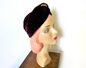 Vintage 1940's Violet Purple Silk Velvet Turban~