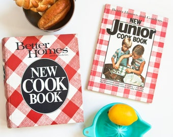 Vintage Better Homes and Gardens New Cookbook Set, Ring Binder with Tabs and Junior Kid's Cook Book, 1980s