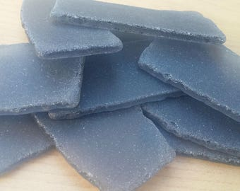 Tumble glass place cards - 20 large faux sea glass pieces - Smoky charcoal gray