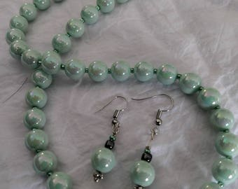 Mint Green Pearl Earring & Necklace Set