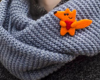 Felted Fox Pin Cute Fox Brooch Heart Pin Fox Jewelry Animal Pin Romantic Gift for Girlfriend Gift for Girl Gift Idea for Daughter
