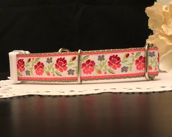 Handcrafted Dog Collar-Madeline design