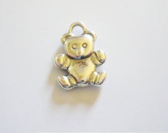 1 Teddy bear pendant charms