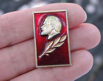 Vintage Soviet pin Lenin pin soviet Communist propoganda Soviet USSR vintage pin badge history Lenin communism rare collectible Soviet pin