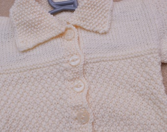 Cream pattern knit cardigan