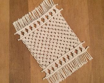 macrame trivet