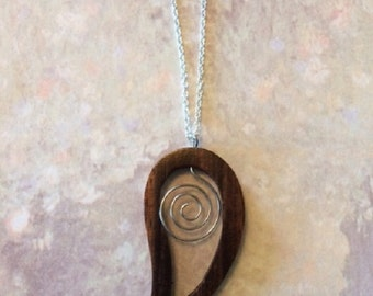 Wood Neckace - Wood Jewelry - Wood Jewlery - Wood Pendant - Wood Pendant Necklace - Wire Necklace - Wire Jewelry - Wire Pendant - Necklace