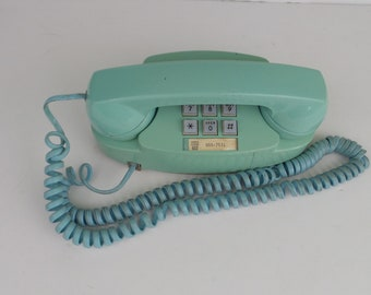 Vintage PRINCESS Telephone WESTERN ELECTRIC Turquoise Rotary