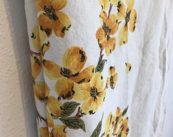 Yellow Flower Tablecloth, White Tablecloth, Vintage Tablecloth, Vintage Table Linens,