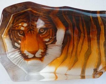 Stunning Swedish Glass MATS JONASSON Large Tiger Paperweight from the Safari Series