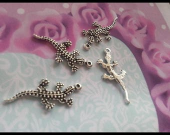 Set of 4 silver plated salamander drawing on 1 side