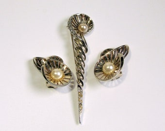Vintage Signed BOUCHER Set Brooch and Earrings Numbered 1950s pearl rhinestones gold spiral