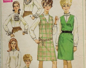 Jumper and blouse Simplicity pattern