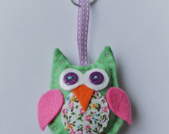 Adorable felt owl keyring - many colours available!