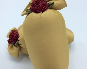 Pair of Silk Shoe Sachets in Gold Silk with Ruby Rosette