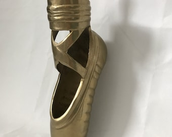 Vintage Brass Ballet Pointe Shoe Figurine Statue Pen Holder Vase