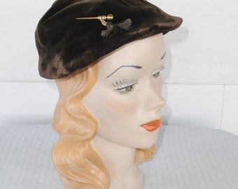 1940s Vintage Brown Velvet Hat with Gold Pin and Tassel Detail by Dawson New York