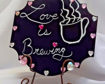 Wedding Coffee Station Sign Countertop Tabletop Pink Chalk Plaque/Metal Stand Kitchen Decoration LOVE IS BREWING