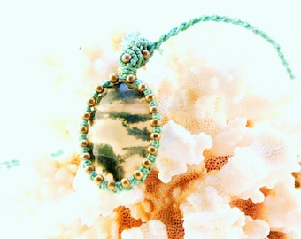 Macrium Necklace with Moss agate-agate-Beads-pendant-turquoise-green-gold-healing stone-macrame-cabochon-hippie-boho