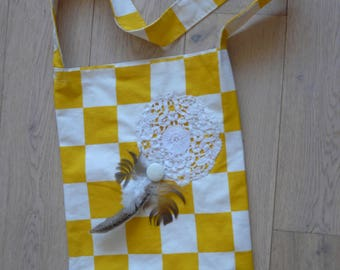 tote bag in vintage fabric with yellow plaid with dream catcher (lace, feathers and old round)