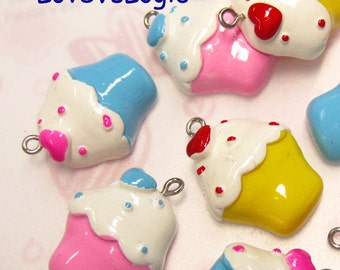 4 Cupcake Lucite Charms. Mix Colors