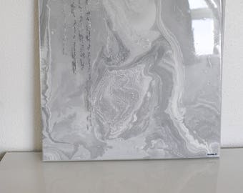 Marbled grey canvas
