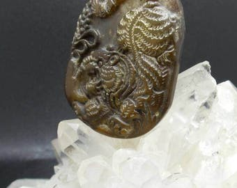 Vintage jade tiger pendant carved chinese jade tiger pendant mozeypictures Gallery