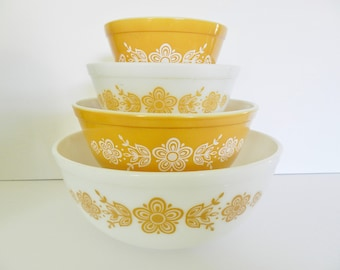 Pyrex Butterfly Bowl Set, 1960s Pyrex Bowls, Gold Pyrex Nesting Bowls, Gold Butterfly Bowl Set