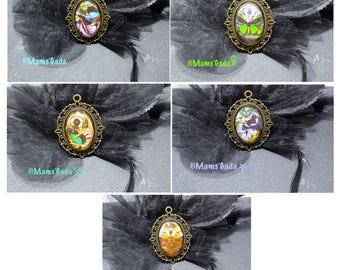 Pendant oval Butterfly Steampunk Vintage image glass Cabochons