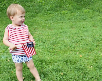 Navy Blue Star Shorties / Kids Shorts / Baby Shorts / Baby Bummies  / Baby Shorties / Patriotic Shorts / Bloomers / Kids 4th of July Clothes