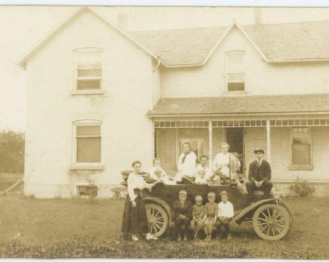 Vintage Snapshot Photo RPPC: Family Car, c1910s [83655]
