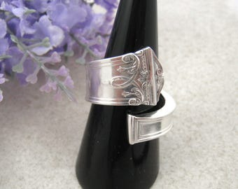 SPOON RING Sterling Silver 925, bypass ring handmade vintage butter knife ('Trionon'). Up-cycled jewellery. Size R / US 8 3/4.