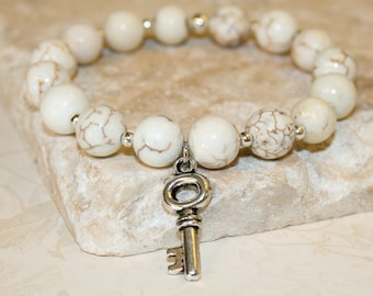 White bracelet, Creamy white beaded stretch bracelet, White Howlite Bracelet