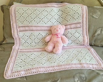 Baby girl crochet pink and white blanket