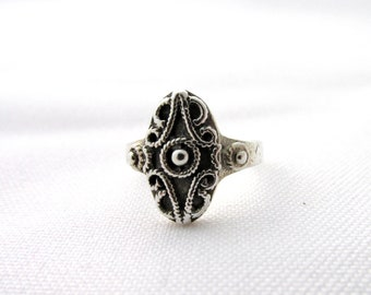 Ring oval shape ethnic decor made silver filigree 925 T 54