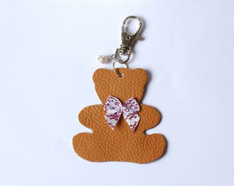 Keychain brown leather bear with red and white bow