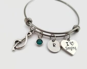 Singers bangle - I love singing bracelet - gift for musician - singer gift - Music lover jewelry - Personalized bangle bracelet - Music gift