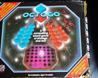 Vintage Strategy board Game Octogo from 1982 complete and in good condition
