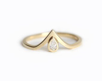 V Diamond Band, V diamond Ring, Pear Diamond Engagement Ring, Baby Diamond Ring, Tiny Diamond Ring, Pear Engagement Ring, Gold V Ring