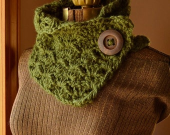 Green Button Scarf Neck Warmer Cowl