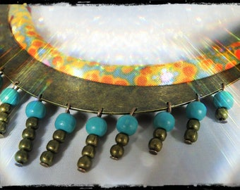Necklace ESMERALDA - Choker with multicolored fabric neck predominantly yellow and orange - metal (bronze) 13 holes - wood beads