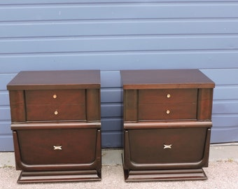 Mid Century Modern Pair of Nightstands Side End Tables 6517